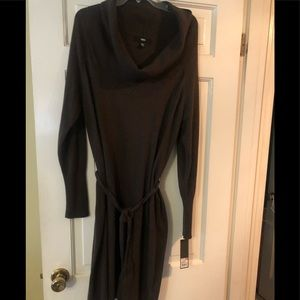 Brown sweater dress with funnel neck - belted